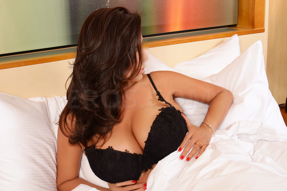 Spend Some Of The Best Times Of Your Life With Sexy Houston Escorts
